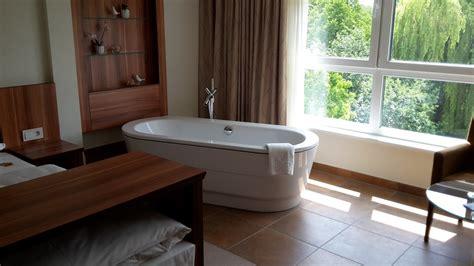 badewanne im raum hotel ringhotel am stadtpark in l 252 nen verwoehnwochenende