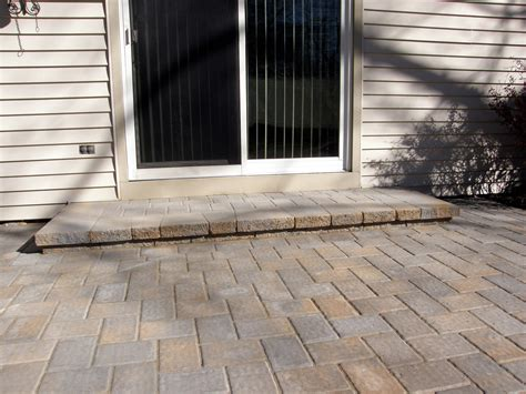 Patio Door Steps Step From Patio Door A Top Notch Construction And Renovations 25 Best Ideas About Patio Steps