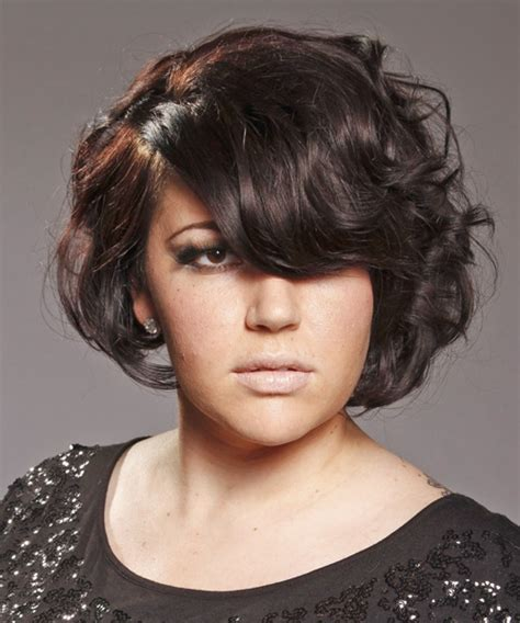 swoop bangs with short curly hair 30 awesome short wavy hairstyles creativefan