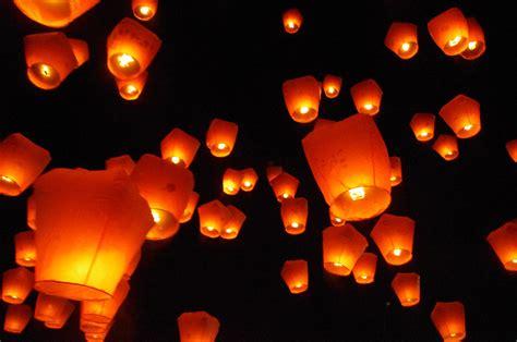 Sky Lanterns 天燈 Pottering About Taipei 游逛在台北里 Lantern Lights