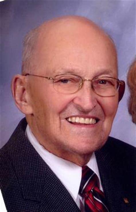 willis ruff obituary arlington iowa legacy