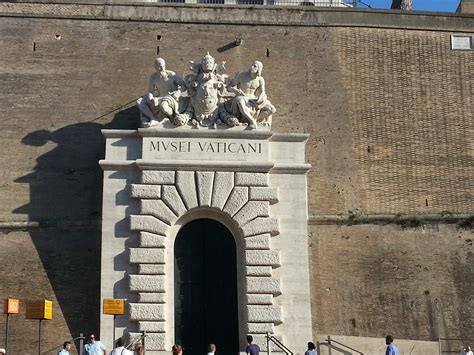 best day to visit vatican how to tour the vatican tips for visiting the vatican city