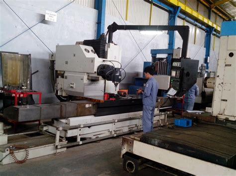 Mesin Bubut Cnc bubut cnc vertical milling automatic tool changer kbm