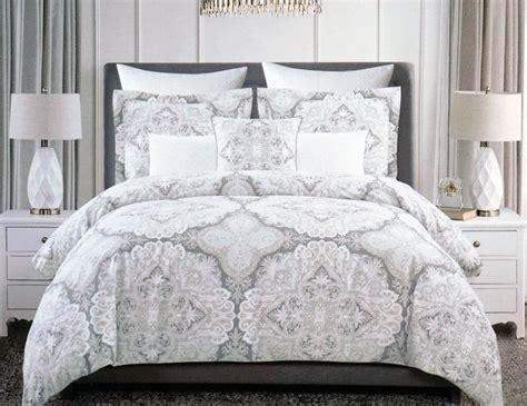 tahari king comforter tahari bedding 3 piece king duvet cover set floral paisley