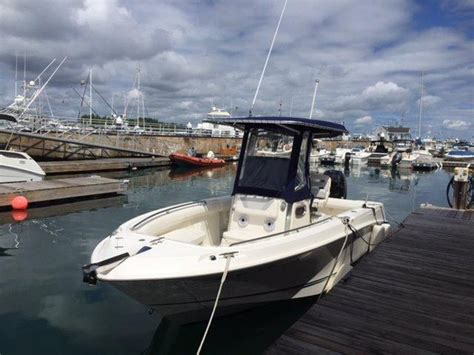 boston whaler outrage used boat sale 2012 used boston whaler 220 outrage center console fishing