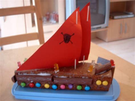 piratenschiff kuchen piratenschiff kuchen baking kuchen