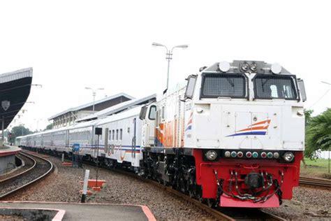 Kereta Api Education 1 mulai 1 april jadwal keberangkatan kereta api berubah radar cirebon