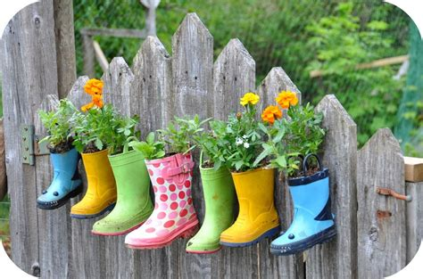 Make Planters by How To Make Planters From Rubber Boots