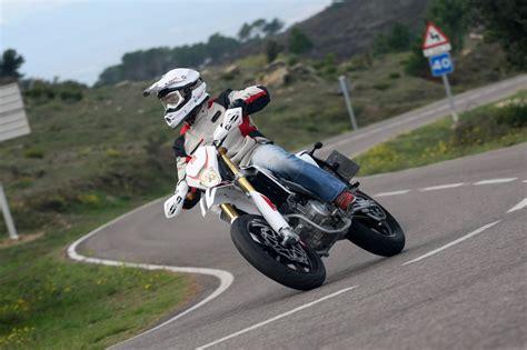 Motorrad Gebraucht Supermoto by Gebrauchte Rieju Marathon 125 Supermoto Motorr 228 Der Kaufen