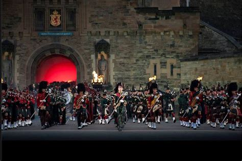 edinburgh tattoo festival jobs travel diary royal edinburgh military tattoo edinburgh