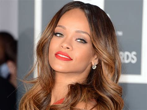celebrities pictures close up face rihanna celebrities image images photos