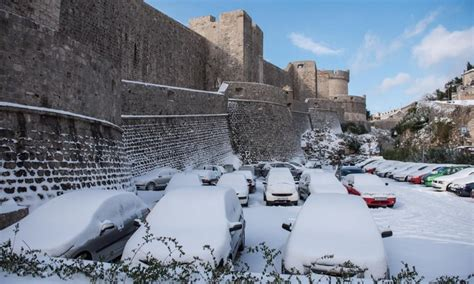 dubrovnik snow stunning photos snow fairytale in dubrovnik the