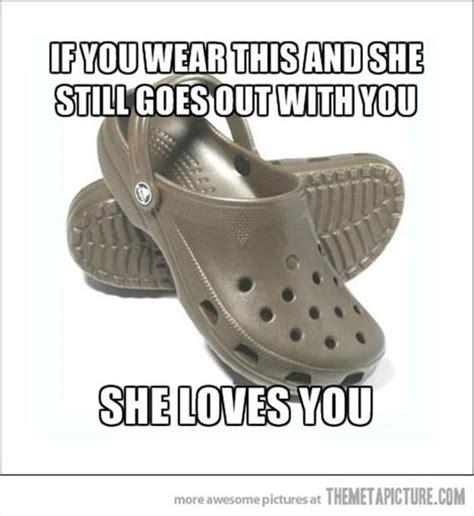 Joke Sandals From Faith by Crocs 10 Dump A Day