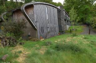grand designs lake district eco lodge crumbling and grand designs lake district eco lodge crumbling and