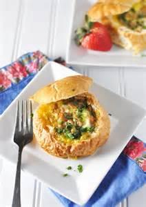 Breakfast Egg Bread Bowl Recipe