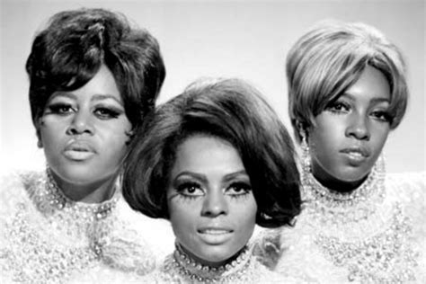 clothing and hair styles of the motown era motown era hair and fashion and hair styles of the motown