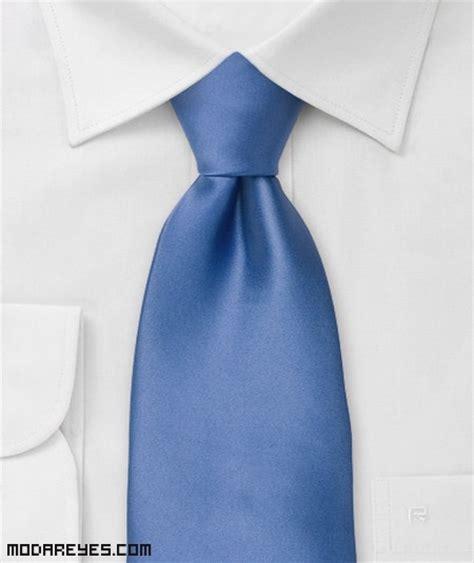 anuncio como hacer un nudo de corbata anuncio como hacer un nudo de corbata