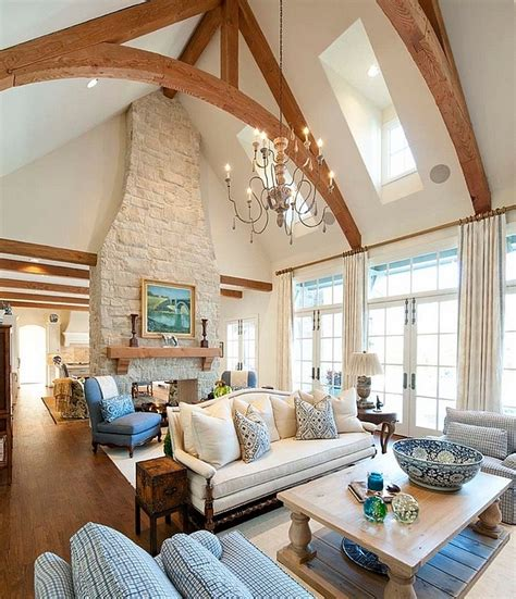 Vaulted Living Room | 20 lavish living room designs with vaulted ceilings