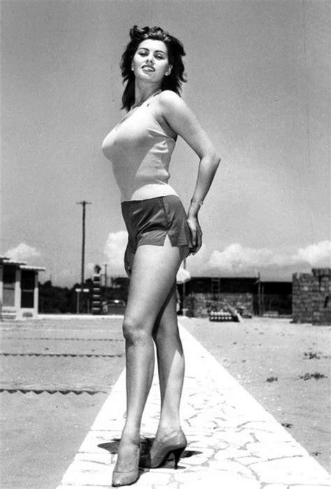 El Estilo De Sophia Loren La Reina Del Cine Italiano