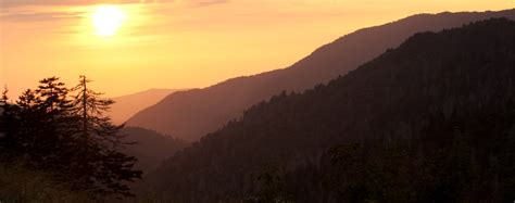 5 Of The Best Things For Couples To Do In Gatlinburg Tn Sunset Cottage Gatlinburg