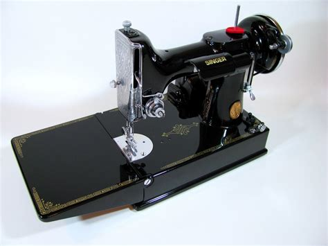 section sewing machine related keywords suggestions for singer 221