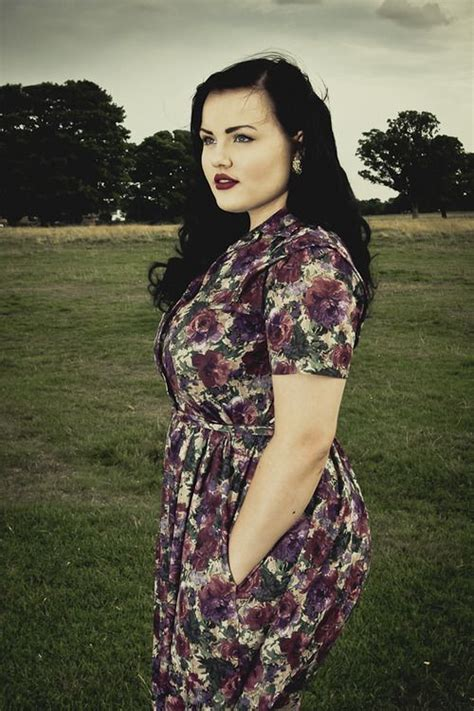 plus size vintage clothing to dress up
