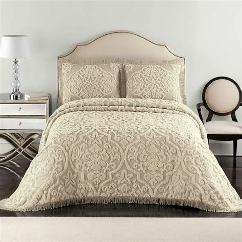 Comforters On Clearance by Bedding Clearance Comforter Bedspread Throw Bedskirt