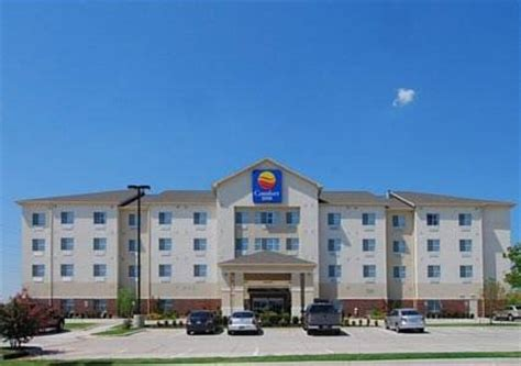 comfort inn oklahoma comfort inn suites oklahoma city west i 40 near okc