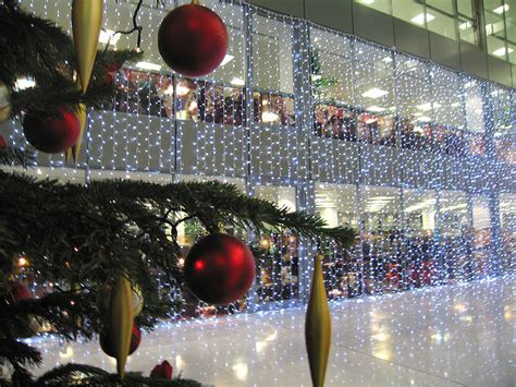 office xmas decorating ideas office decorations do they provoke productivity or procrastination