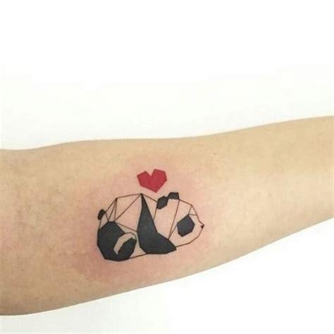 tattoo de panda no pulso 25 melhores ideias sobre tatuagem de panda no pinterest