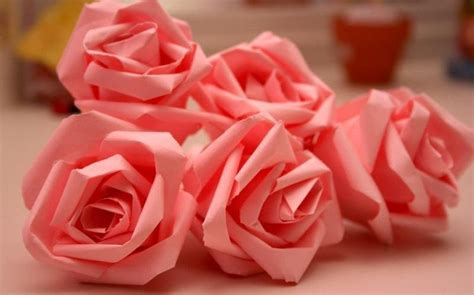 Easy Way To Make Paper Roses -
