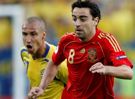 biography xavi hernandez xavi hernandez biography social buckets