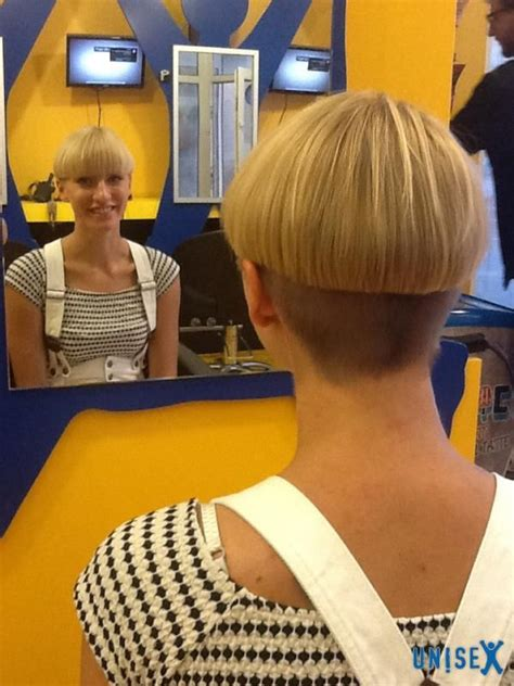 high nape permed haircut 41 best wedge cuts images on pinterest hairstyles short