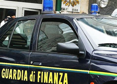 ufficio cambio roma ardea blitz della guardia di finanza all ufficio tecnico