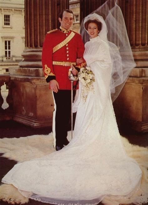 Royal Wedding Dresses of Great Britain: Princess Anne   OneWed