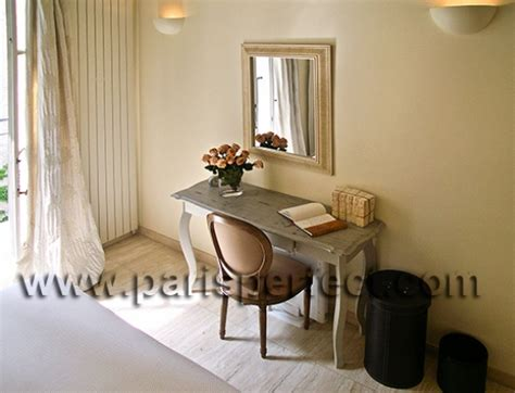 Master Bedroom Desk by Book 2 Bedroom Germain Apartments Near The Louvre