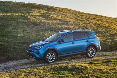 Toyota Finder 2016 Toyota Rav4 Gets Style Tech Update New Rav4 Hybrid
