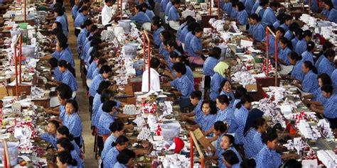 Kretek Pt Tembakau Djajasakti Sari mengintip pembuatan rokok kretek tangan di pabrik djarum