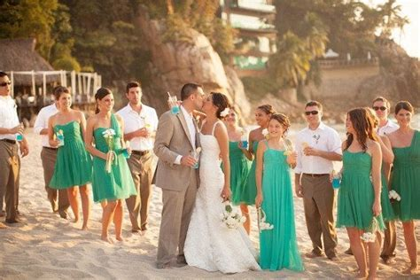 10 Beautiful Wedding Color Combinations   getting married