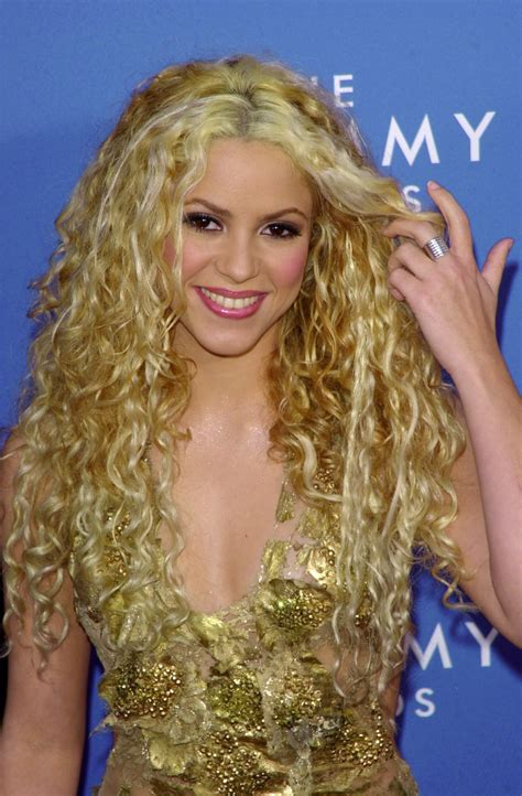 is shakiras hair naturally curly curls to adore achieving your personal celebrity inspired