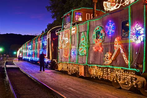 5 polar express rides to experience before your kids grow