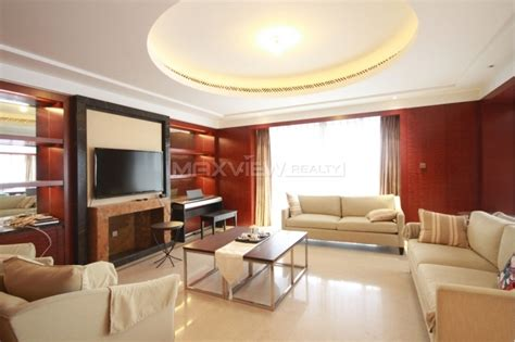 rent room in house luxury apartment for rent in the bund house sh016145 3brs 307sqm 165 50 000 maxview realty