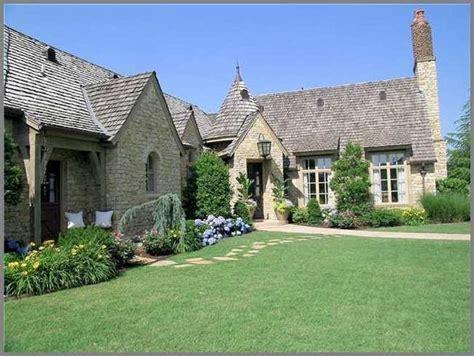 Urban Wall Garden - french farmhouse 2 traditional exterior oklahoma city by steve trumbly designs