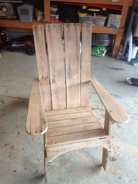 pin by mariam ovsepyan on pallet projects pinterest pallet chair pallet projects pinterest chairs