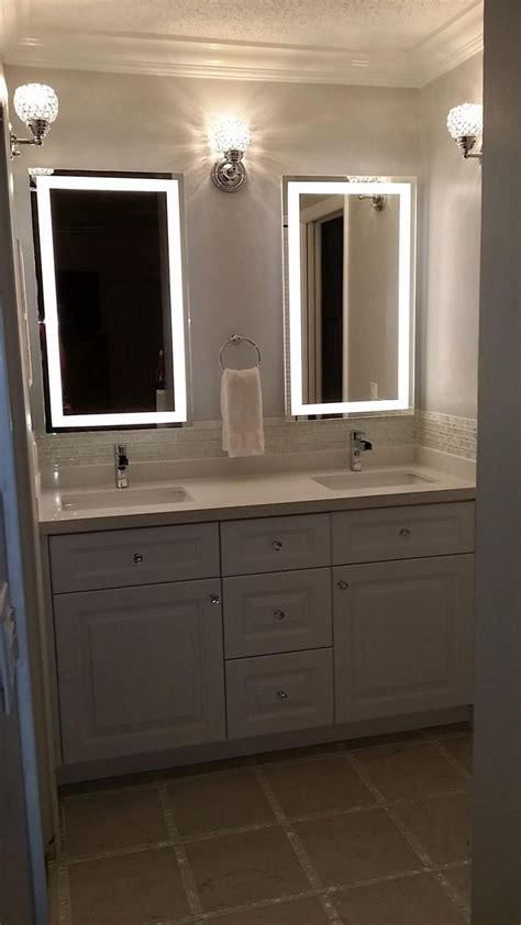 Bathroom Vanity Mirrors And Lights 25 Best Ideas About Led Mirror On Pinterest Mirror With Lights Mirror Vanity And