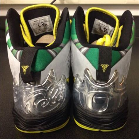 oregon duck shoes oregon ducks get their own melo m10 sole collector