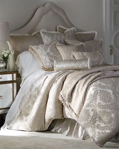 gold pattern bedding cats bedrooms and damasks on pinterest