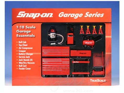Garage Essentials by 1 18 Snap On Tools Garage Essentials By Foresight