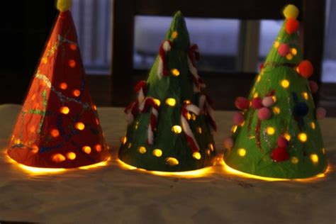 construction paper tree lit with tea light tree craft