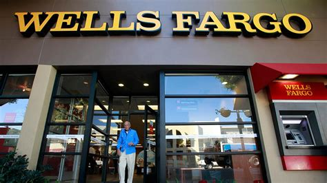 banco near me wells fargo hours of operation bank locations near me